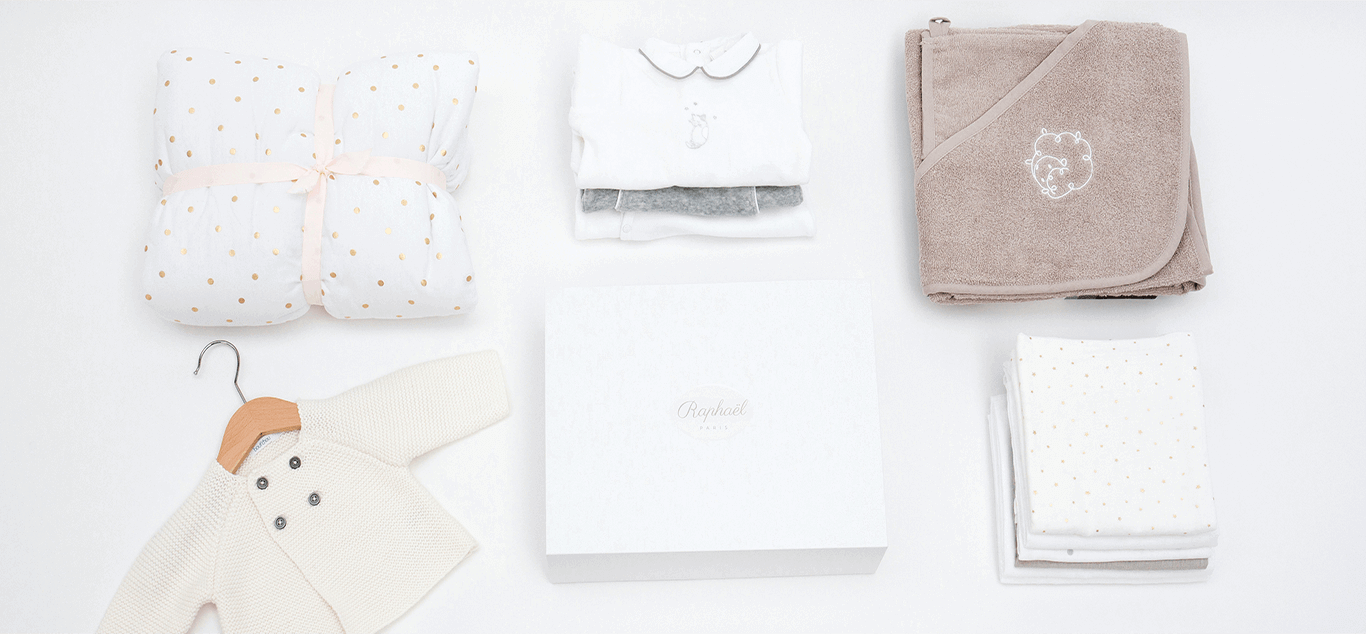 Luxury New Baby Gifts